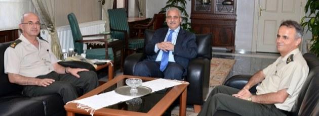 Tuğgeneral Salih Karataş'tan, Vali Hakan Güvençer'e veda ziyareti